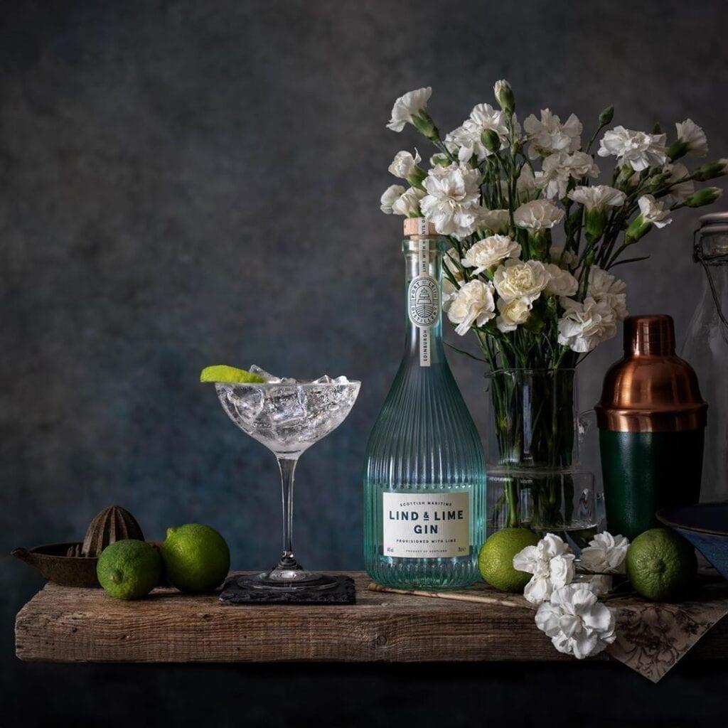 Billede af en gin & tonic med lind and lime