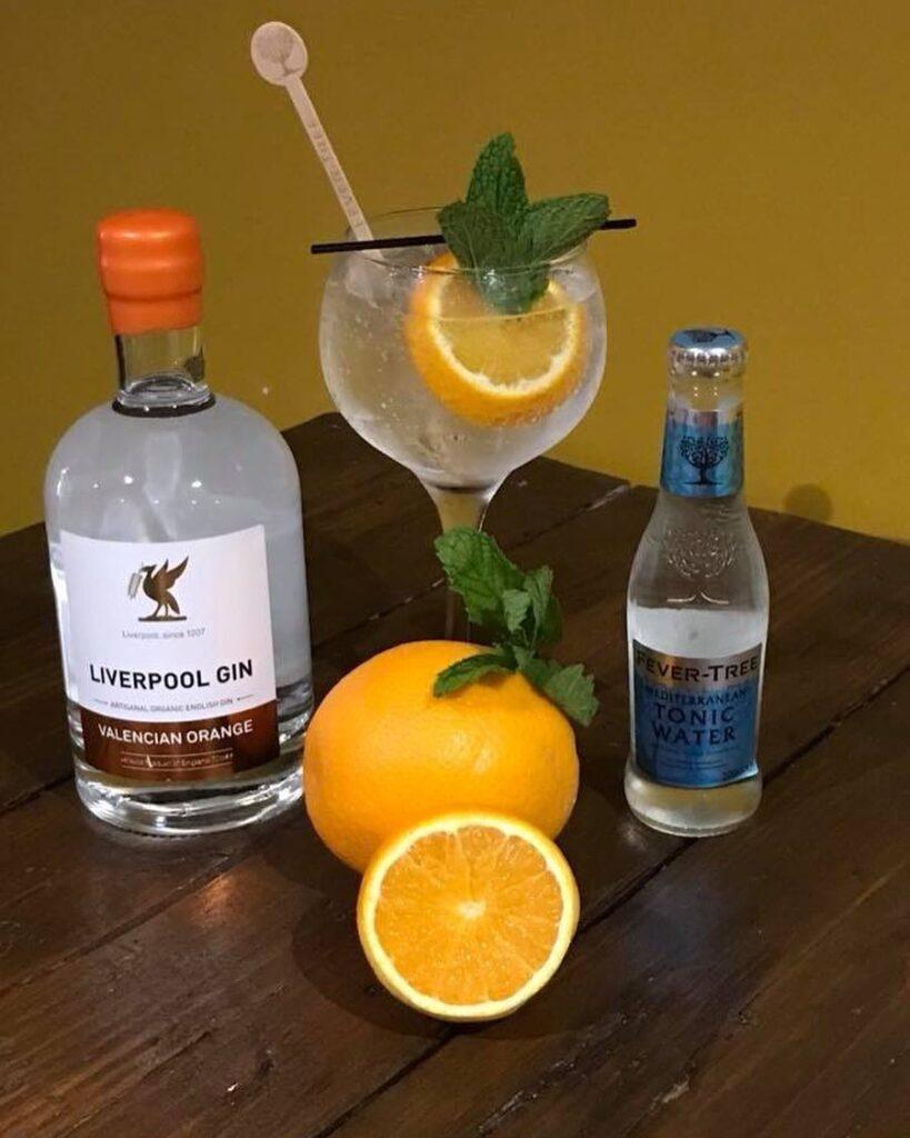 Billede af Liverpool Valencian Orange Gin med Fever Tree tonic